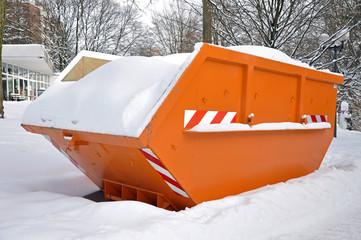 Container mit Schnee