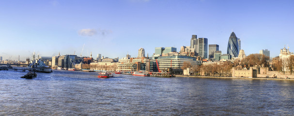 London - River Thames and Skyline