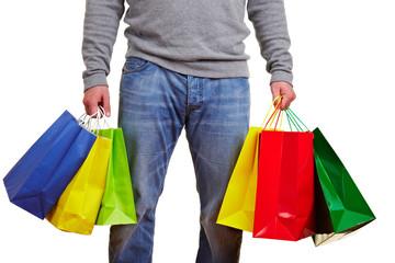 Anonymer Kunde mit Einkaufstüten
