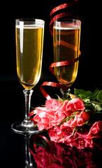 fluttes à champagne et ruban - saint valentin