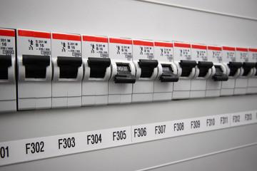 Sicherungen Strom-Schalter