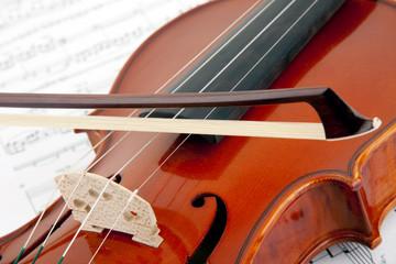 Geige Saiten mit Bogen