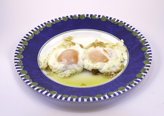 fried chicken eggs,sunny side up