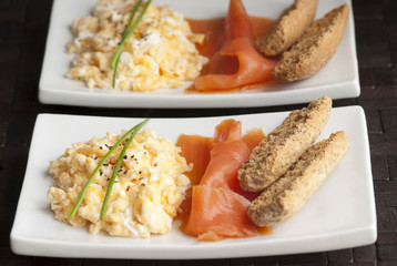 Smoked salmon with scrambled egg and toasts
