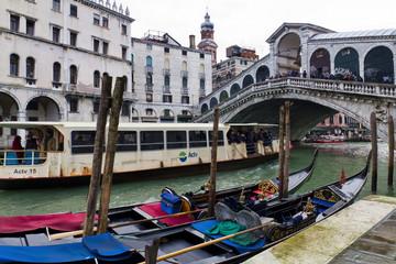 Il Ponte di Rialto a Venezia