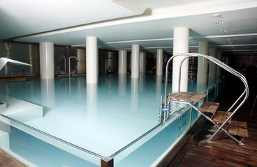 Spa swimming pool