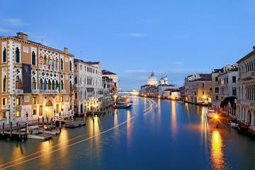 Canale Grande Venedig beleuchtet
