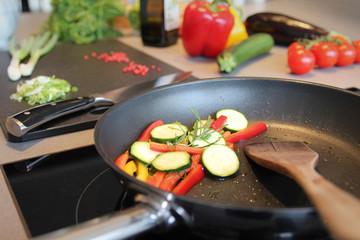 Pfanne mit Gemüse