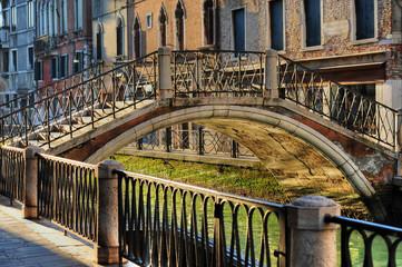 ponti canali venezia 839