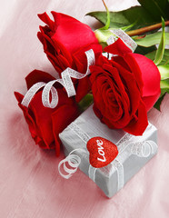Beautiful roses with gift box & heart