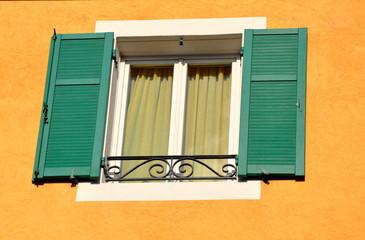 façade fenêtre moderne style provence
