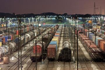 Rangierbahnhof Maschen bei Hamburg bei Nacht, marshalling yard