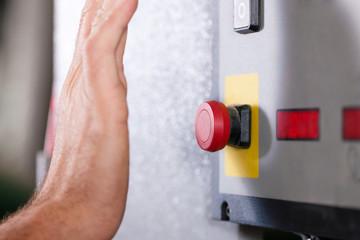 Emergency – Man shutting machine off