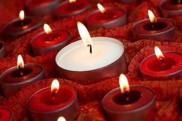 Lichtermeer aus Kerzen