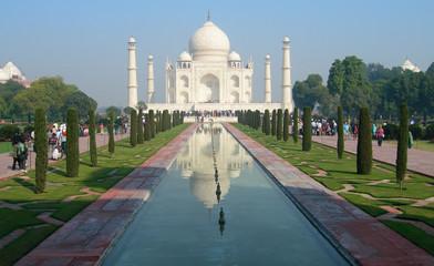 Taj Mahal main view and pool reflection