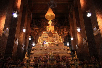 Golden Buddha Image at Wat Pho Temple