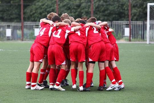 Football kinder team it red uniform