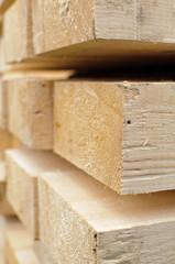 Holzmaserung von einem Balken