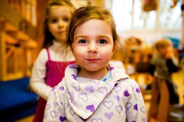 Kind im Kindergarten