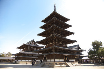 法隆寺金堂と五重塔