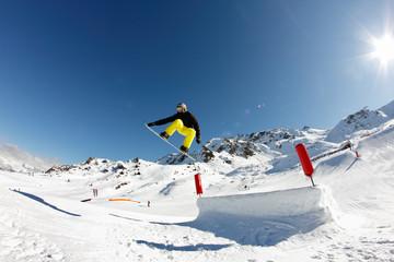 figure snow rider