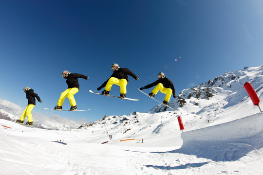photo snowboard en mouvement
