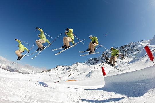 figure pit grab - ski saisi sur la face antérieur