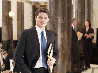 gmbh firmenwagen kaufen FORATIS gesetz kann gesellschaft immobilien kaufen GmbH kaufen