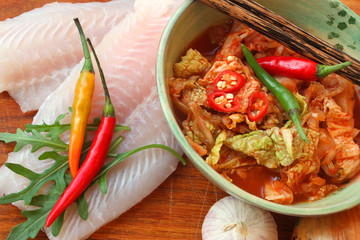 Kimchi mit Pangasiusfilet