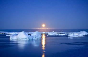 Poster Glaciers Summer night in Antarctica