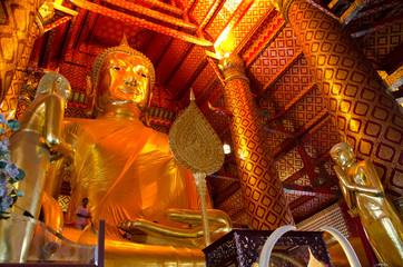 Big golden Buddha, Wat pha nan choeng temple, Ayutthaya, Thailan