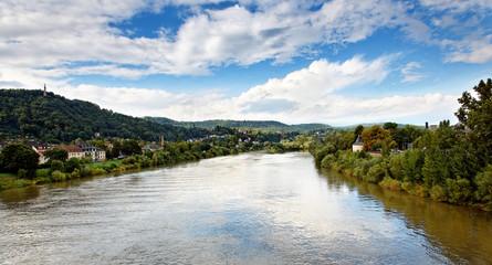 Blick von der Römerbrücke auf Mosel und Mariensäule, Trier
