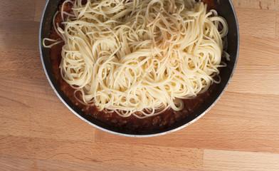 spaghetti na patelni
