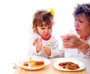 Kind verweiger Nahrungsaufnahme