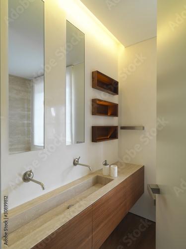 Bagno moderno con doppio lavabo di marmo immagini e - Lavabo bagno marmo prezzi ...