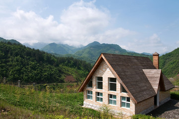 山里小木屋