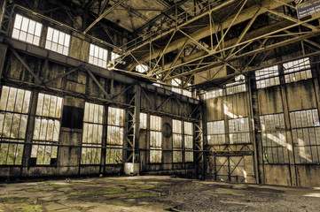 Poster Industrial geb. Interior of a derelict industrial building