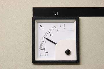 Strom Messgerät im Detail