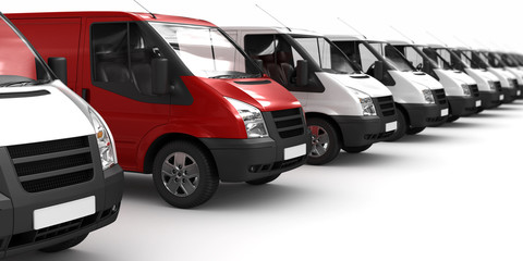 Roter Transporter zwischen Weißen (fokusiert)