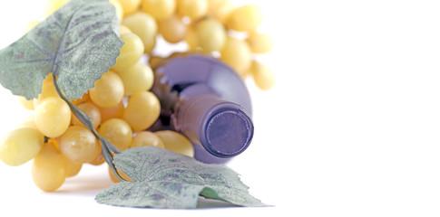 Bottiglia di vino con uva