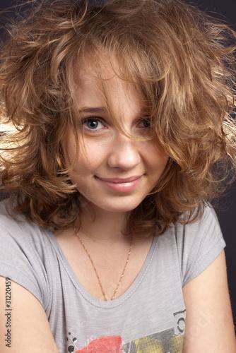 Молодая и сексуальная девушка