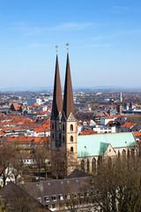 Blick auf die Neustädter Marienkirche in Bielefeld