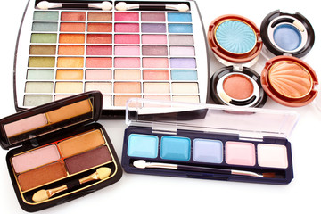 Many  cosmetics for make up