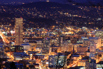 Fototapete - Beautiful Night Vista of Portland, Oregon