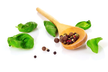 Poster Kruiden 2 Wooden spoon, basil and spices isolated on white