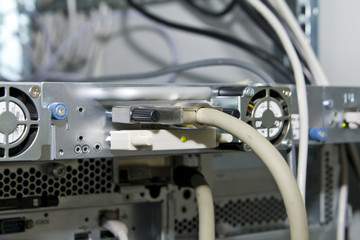 scsi cable between autoloader and server