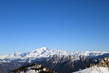 Le Mont-Blanc avec les Bauges en préface
