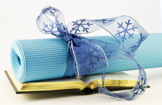 Gift of Fitness Lies in Study of Yoga