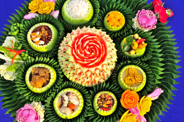 Thai food is beautiful.