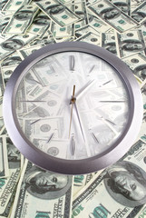 Clock on the 100 dollar banknotes